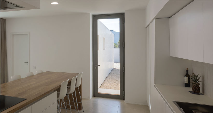 Reynaers CS 77 Aluminium Casement Glass Doors-1