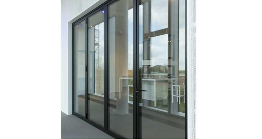 Reynaers CF 77 Aluminium Bifold Doors-5